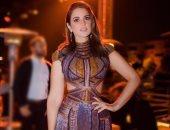 اعرفى قصة فستان درة فى مهرجان القاهرة السينمائى.. مستوحى من العشرينيات