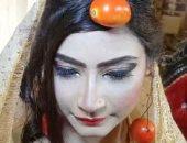 عروس باكستانية ترتدى شبكة من الطماطم بدلاً من الذهب والسبب غريب.. فيديو