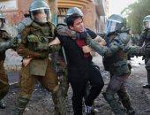 سحل وضرب واعتقالات خلال تفريق التظاهرات فى تشيلى