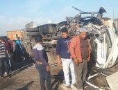 شاهد.. حادث تصادم مروع وضحايا بينهم أطفال على طريق العاشر من رمضان