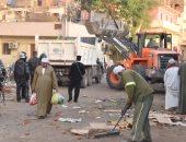 ضبط 21 حالة إشغال و 49 إزالة إدارية بشرق السكة الحديد فى حملة بمدينة الأقصر
