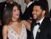 هل يقدم The Weeknd أغنية جديدة لصديقته السابقة سيلينا جوميز؟ اعرف التفاصيل