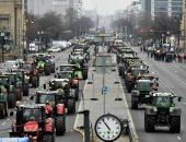مظاهرة للمزارعين الألمان بالجرارات احتجاجا على سياسة الحكومة الزراعية