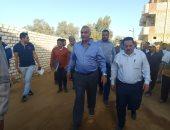 صور...رئيس شركة مياه الجيزة يتفقد محطات المياه والصرف بالواحات
