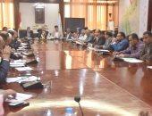 محافظ الأقصر: المجلس التنفيذى يبحث توجيهات التنمية المحلية وتطوير منظومة العمل