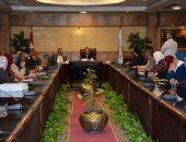 محافظ الغربية يلتقى بمديري الإدارات التعليمية بالمحافظة