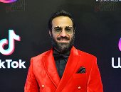 """أحمد فهمى يزيح الستار عن شخصيته فى فيلم """"العارف"""" قبل طرح التريلر.. صورة"""