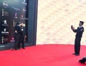 """صورة تخطف الأنظار.. أمناء الشرطة نجوم على """"ريد كاربت"""" مهرجان القاهرة السينمائى"""