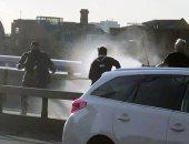 فيديو يظهر شجاعة 3 رجال تصدوا للهجوم الإرهابى على جسر لندن قبل وصول الشرطة