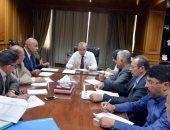 """صور.. محافظ القليوبية يجتمع مع رئيس """"تعمير القاهرة الكبرى"""" لمتابعة تنفيذ المشروعات"""