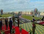 الرئيس السيسي يصل مقر افتتاح عدد من المشروعات القومية فى دمياط