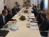 شكرى يستعرض مع وزير خارجية إيطاليا الأثر السلبى لاتفاق السراج وأردوغان
