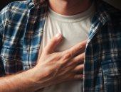 5 علامات تكشف أن ألم الصدر لديك بسبب مشكلة نفسية
