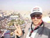 """""""مطلعش هو"""".. شبيه كاظم الساهر يثير الجدل حول مشاركة القيصر فى مظاهرات العراق"""