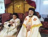 مطران سوهاج يترأس قداسًا في يوم الصلاة من أجل الدعوات