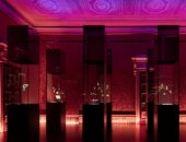 """جولة بالصور داخل معرض مجوهرات فان كليف آند أربلز.. """"لو مش هنشترى نتفرج"""""""
