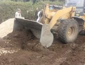 صور.. حملات إزالة مكبرة للتعديات على الأراضى الزراعية بأشمون