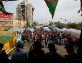 محتجون عراقيون يقطعون الطريق الرابط بين محافظتى الديوانية وكربلاء بالعراق