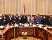 """""""دفاع البرلمان"""" تكرم رئيس النواب وتهدية موسوعة وصف مصر"""