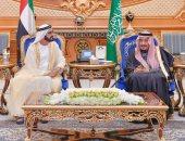 حاكم دبي ينشر جانب من مشاركته مع الملك سلمان في قمة مجلس التعاون