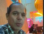 """رامى إمام يشارك الجمهور يوم تصوير كامل من لوكيشن مسلسل """"فلانتينو"""".. فيديو"""