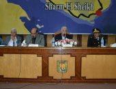 محافظ جنوب سيناء يستعرض استعدادات منتدى شباب العالم والتحول الرقمى