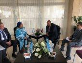 شكرى يلتقى نائبة الأمين العام للأمم المتحدة على هامش منتدى أسوان للسلام