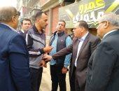 صور.. جولة لمحافظ الشرقية لمتابعة أعمال توصيل الغاز ورصف شوارع الحسينية