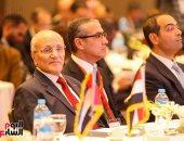 وزيرا التجارة والإنتاج الحربى ومحافظ البنك المركزى يفتتحون منتدى الأعمال المصرى الإماراتى