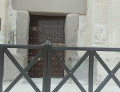 صور .. البدء فى أعمال صيانة الأرضيات الرخامية لبرج قلعة قايتباى بالإسكندرية