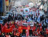 احتجاجات فى فرنسا لليوم الثامن ضد قوانين النظام الشامل للتقاعد