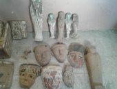 حبس عامل بالشرقية لحيازته 406 قطع أثرية مختلفة الأشكال بقصد الاتجار