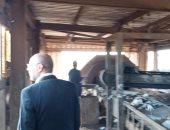 صور .. رئيس مدينة الشهداء يتفقد مصنع تدوير القمامة ويشدد على التوعية