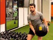 أحمد عيد يحرص على مساندة محمود متولى لاعب الأهلى بعد الإصابة