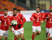 فيديو وصور.. عمرو السولية يفض الاشتباك أمام الحرس ويسجل هدف الأهلى الأول