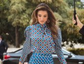 تعددت النجمات والشنطة واحدة.. مشاهير حملن نفس الحقيبة أبرزهن الملكة رانيا