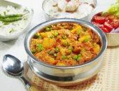 طريقة عمل البطاطس بالبازلاء من المطبخ الهندى