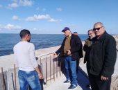 صور.. جولة لرئيس هيئة حماية الشواطىء فى دمياط وبورسعيد