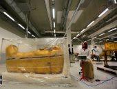 هل مقتنيات الملك توت عنخ آمون جاهزة لعرضها في قاعته بالمتحف الكبير؟