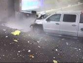 """فيديو.. أمريكى يدمر صالة """"مطار فلوريدا"""" بشاحنة"""