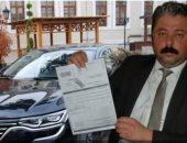 رئيس بلدية تركية يبيع سيارة رسمية لسداد ديون خلفها سلفه التابع لحزب أردوغان