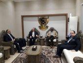 وزير الرى يصل الخرطوم لحضور الاجتماع الثالث لمفاوضات سد النهضة