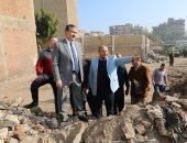 فيديو وصور.. محافظ المنوفية يتابع أعمال نقل تجمعات القمامة بأرض عرفة ورفع 1000 طن