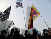 كر وفر بين المتظاهرين وقوات الأمن فى هونج كونج
