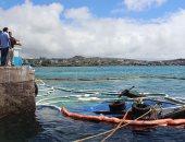 لقطات من غرق حاوية تحمل 600 جالون ديزل فى جزيرة سان كريستوبال بالإكوادور
