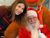 """""""عيد ميلاد مجيد للجميع"""".. نانسى عجرم تحتفل بالكريسماس مع بابا نويل"""