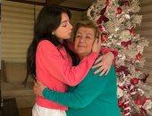 هكذا احتفلت ماريتا حلانى بالكريسماس مع جدتها ..صور