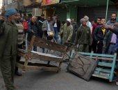 مدينة الأقصر تحرر 139 محضرا فى حملة لإزالة الاشغالات من الشوارع