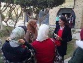 صور.. نائب محافظ الجيزة توجه بتطوير الخدمات المقدمة لطلاب مدينة الطلبة