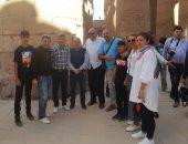 وزير الخارجية فى زيارة خاصة لمعابد الكرنك ويلتقى السائحين